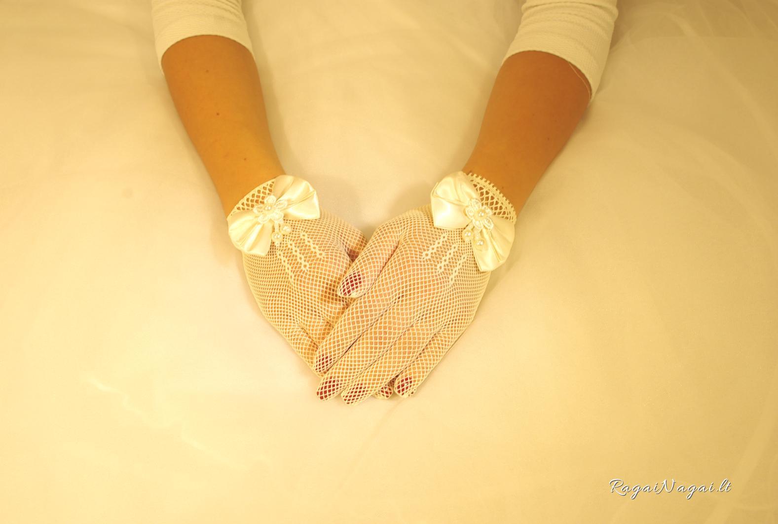 L_baltos tinklines pirstines su bantuku, vestuvines krikstynu sventines pirstines (2)