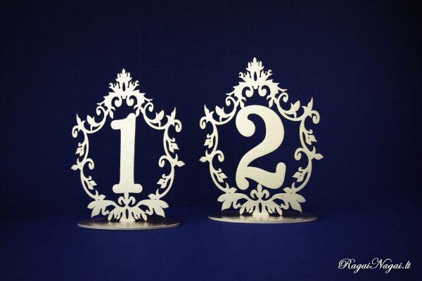 Aukso spalvos stalo numeriai