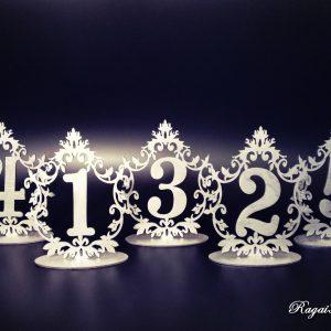 Sidabriniai stalo numeriai